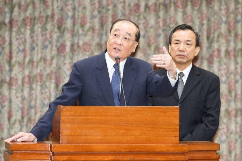 2015年10月7日,文化部長洪孟啟立法院備詢(陳明仁攝)