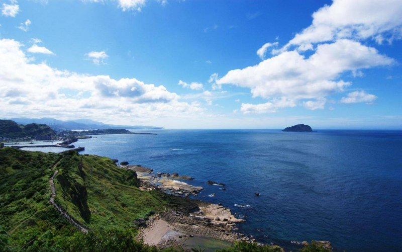 八斗子海濱公園海天一線,晴空碧朗(圖/hmin912@tripadvisor)