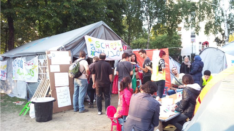 公園難民營的海報,是大家共同願望--夢想成真。(作者提供)