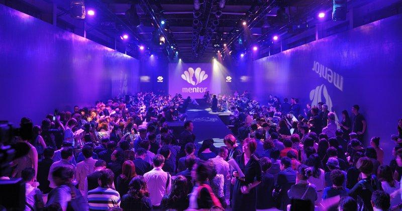 上篇 2 - 現場準備了500個座位,卻瞬間湧進了超過700名嘉賓,讓髮型秀會場顯得熱鬧非凡.jpg
