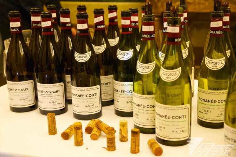 Domaine de la Romanée-Conti品酒會的驚人酒瓶陣仗,讓人很想每一瓶都拿起來再好好聞一下