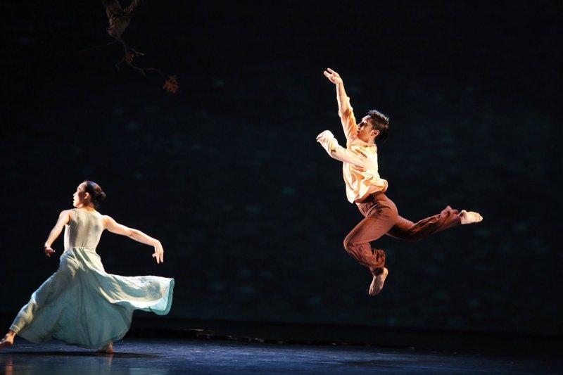 睽違13年,林懷民長篇作品「烟」重登台灣舞台。(林韶安攝)