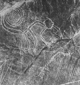 祕魯納卡斯線的衛星照圖,有數以百計的個別圖形,出自簡單的綫條,以複雜排列構成各類圖形。(取自維基百科)