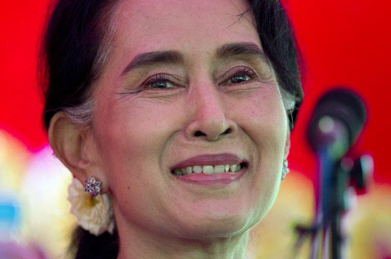 翁山蘇姬說,大選後她的地位「凌駕總統」(美聯社)
