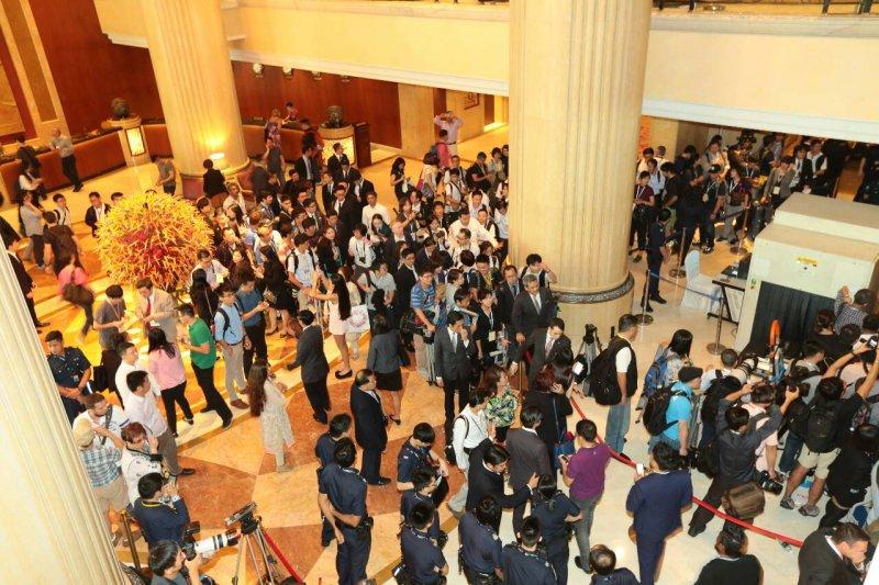 20151107-SMG0045-006-新加坡香格里拉酒店大廳-顏麟宇攝.jpg