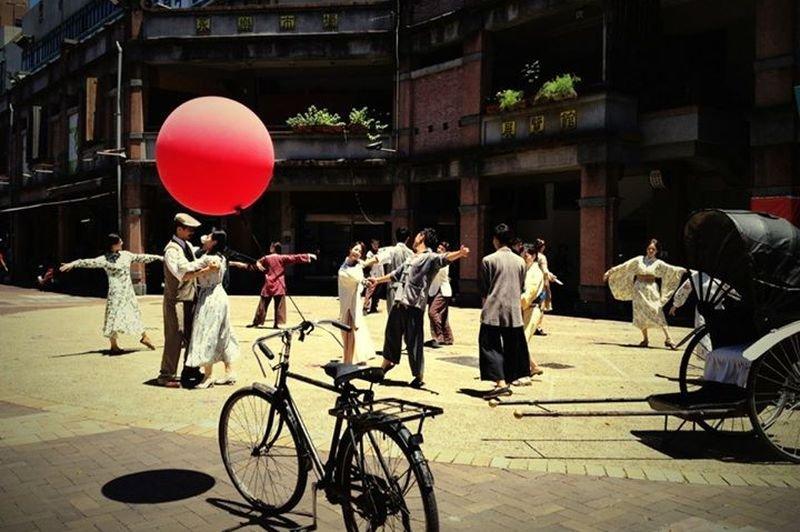 1920s變裝遊行」已經連續舉辦四年。(夢遊1920劇照,取自周奕成臉書)