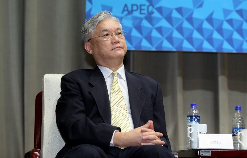 20151111-2015年APEC經濟領袖會議蕭領袖代表行前國際記者會.大陸委員會主任委員夏立言.(陳明仁攝)