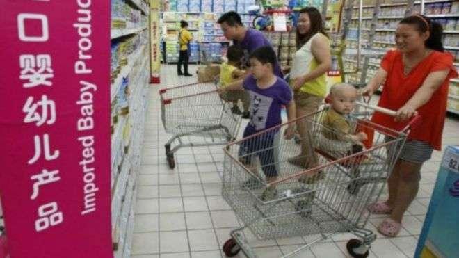 進口嬰兒奶粉在中國深受歡迎。(BBC中文網)