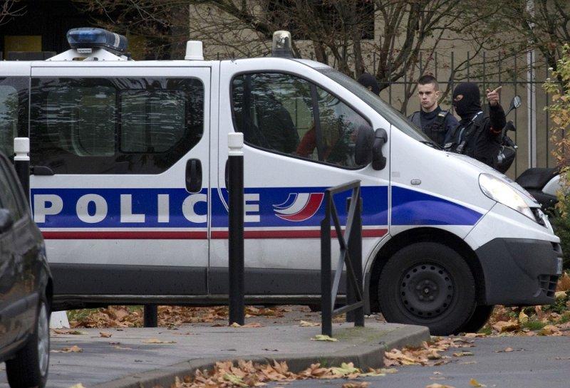 法國警方於艾特布拉森母親住處附近搜索(美聯社)