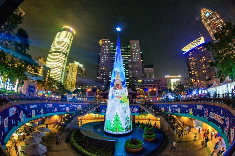 2015新北歡樂耶誕城主燈(圖/新北市政府觀光旅遊局提供)