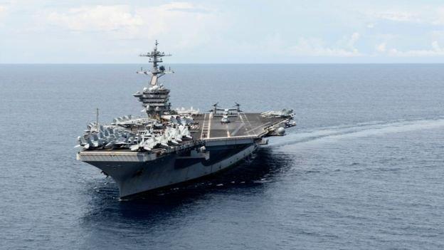 部署在南中國海域的美國航母「羅斯福號」。這一海域已成為中美戰略較量的場所。(BBC中文網)