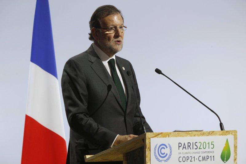 西班牙總理拉霍伊正在參加巴黎氣候峰會(美聯社)
