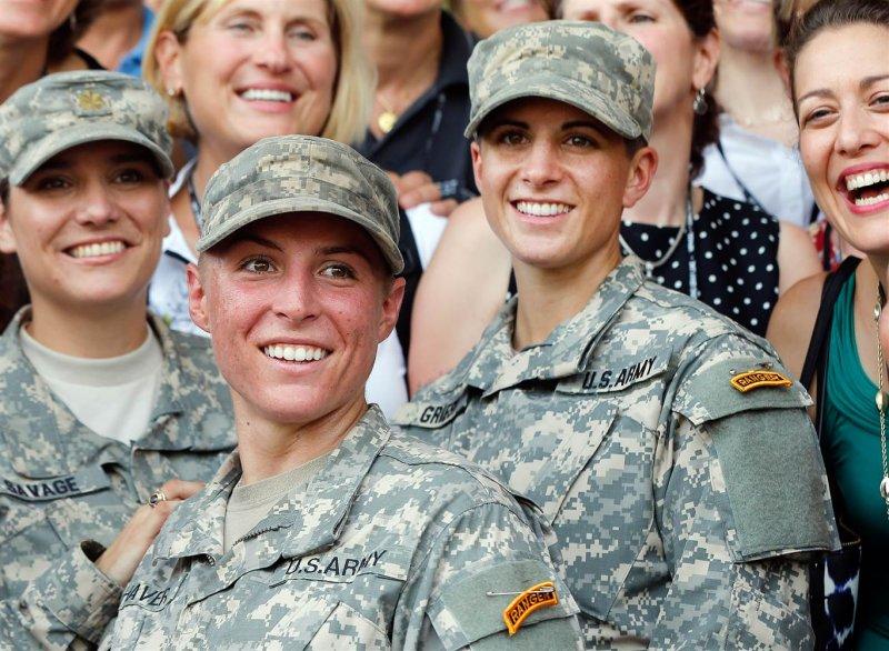 美國女性軍中服役,絕對不讓鬚眉(美聯社)