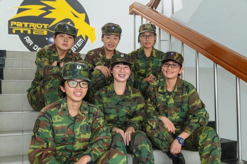 目前單位內已經有18位女性官兵同袍。(圖/顏麟宇)
