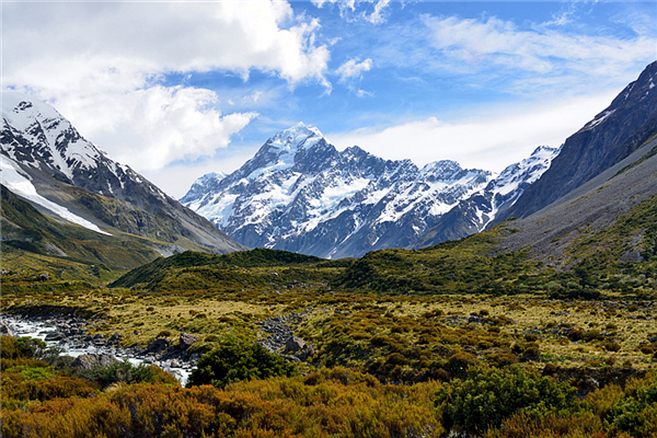 庫克山國家公園是紐西蘭最大的高山區國家公園,裡面有紐西蘭最高峰庫克山,群峰美景令人心曠神怡。(圖/旅遊滔客)