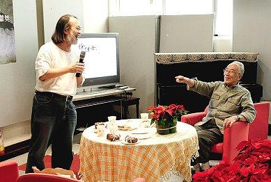 新聞傳播學界資深教授、政治大學新聞系退休教授徐佳士23日辭世,享壽95歲。林元輝。(取自政治大學網頁)