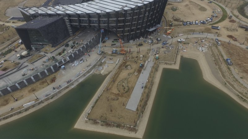 t為了趕赴馬英九愛台十二建設,故宮竟然要求還在施工的南院下周開館,這是23日空照圖。.jpg