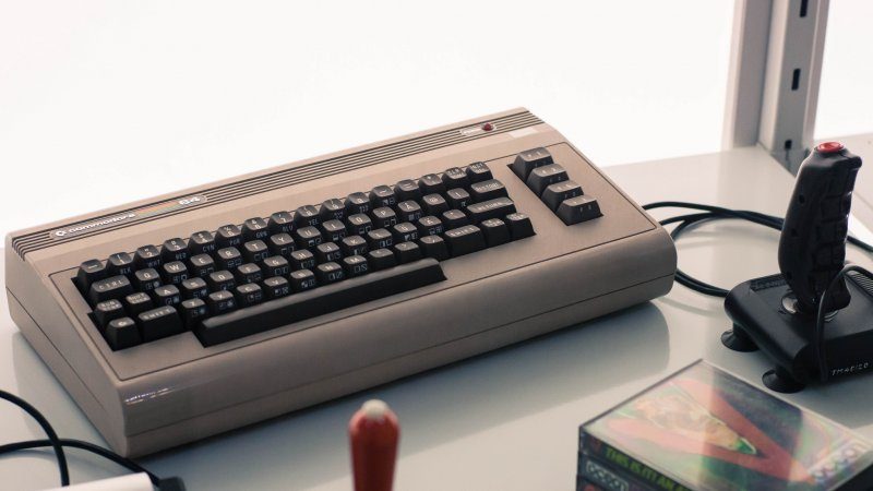 Commodore 64電腦(圖/Kid Clutch@flickr)