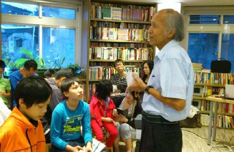 林孝信推廣科教育紮根工作不遺餘力。(綠書店提供)