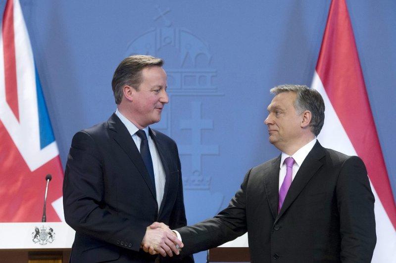 英國首相卡麥隆(左)及匈牙利總理奧爾班(右)(美聯社)