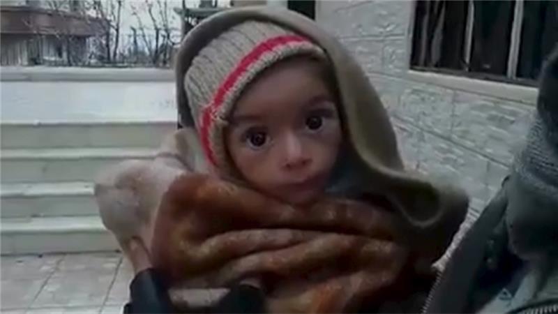 敘利亞小城馬達雅(Madaya)饑餓的兒童(取自網路)