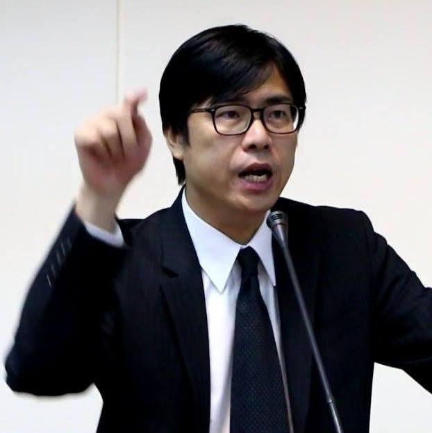 陳其邁18日表示已提兩要求,徹查黃安是否取得中國身分證。(取自陳其邁臉書)