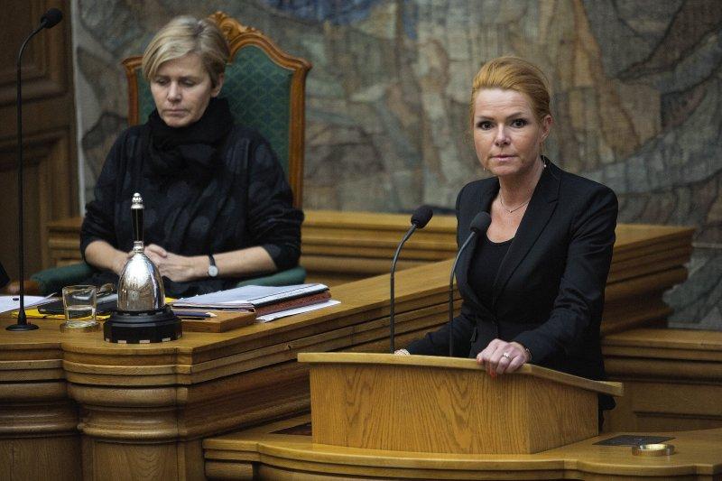 丹麥移民部部長斯特伊貝爾(Inger Stoejberg)(右)(美聯社)