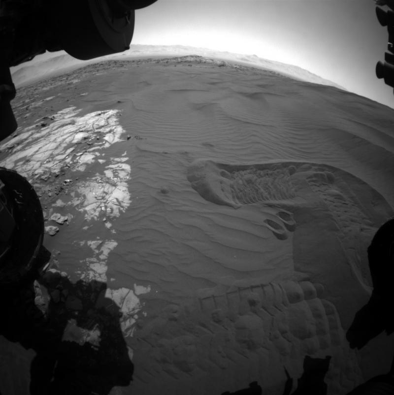 火星的「巴格諾沙丘群」(Bagnold Dune Field)(NASA)