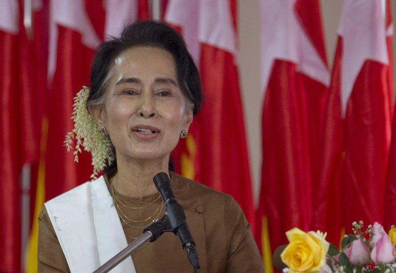 翁山蘇姬1月4日發表演說(美聯社)