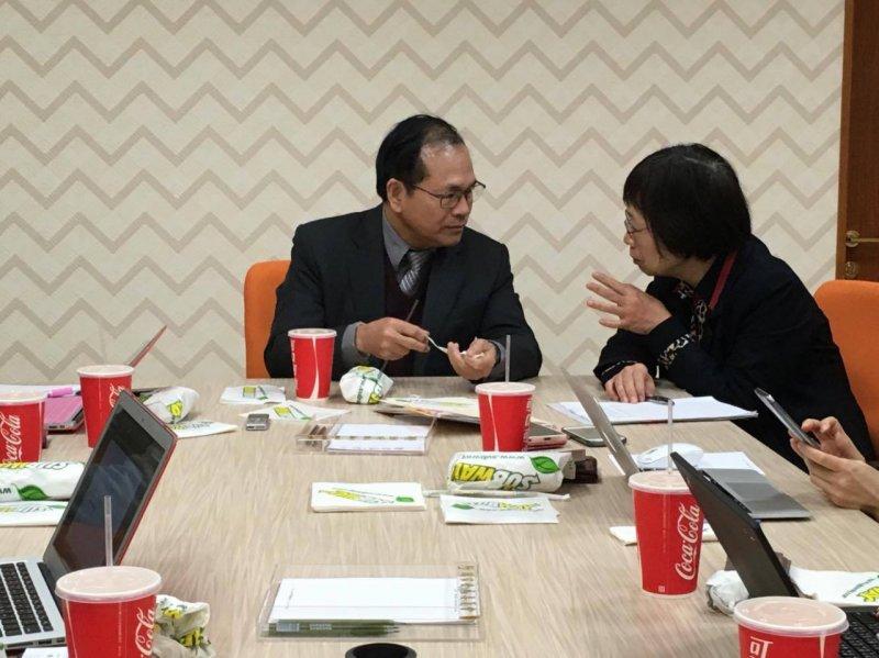 新任國發會主委林祖嘉談論今年經濟表現,認為從外銷訂單表現看來上半年「情況不樂觀」。(尹俞歡攝)