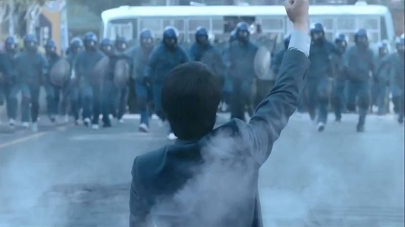 韓片《辯護人》劇照。