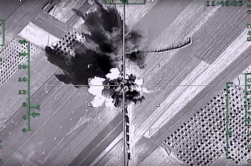 俄國國防部提供的空襲照片(美聯社)
