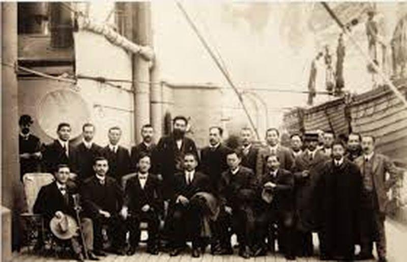 辛亥革命事成,黑龍會通知孫中山趕緊回中國,黑龍會成員與孫中山親信接船。