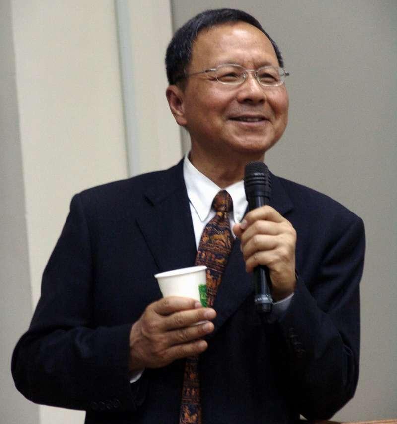 確立「台灣主體意識」的教育走向,是杜正勝在教育史上留下的重大影響,許多讀著依據「同心圓史觀」所修訂的歷史課本長大的鄉民認為,杜正勝以前都被媒體汙名化,他應該是最有台灣主體意識的部長。(取自成功大學)