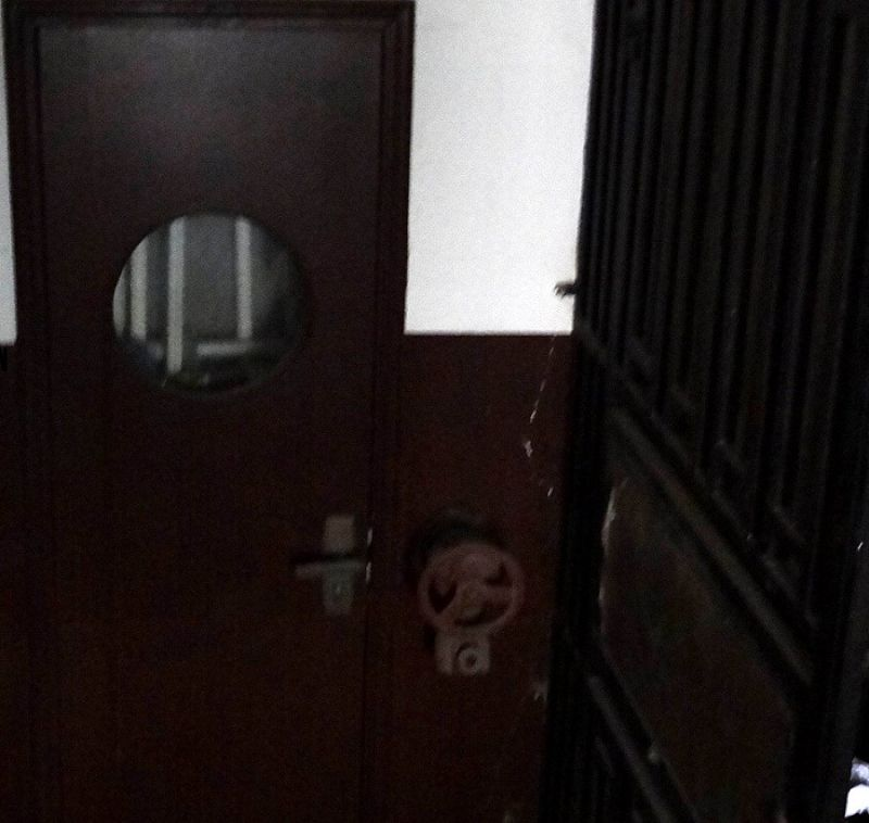 銘刻歷史的原裝安全門。(作者提供)