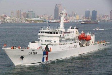 海巡署爆發弊案,疑高官包庇偷工減料,使台南艦無法停放直升機。(取自海巡署)
