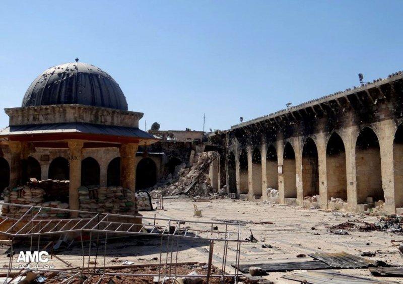 落成於西元715年的倭馬亞大清真寺(Umayyad Mosque)慘遭破壞。(美聯社)