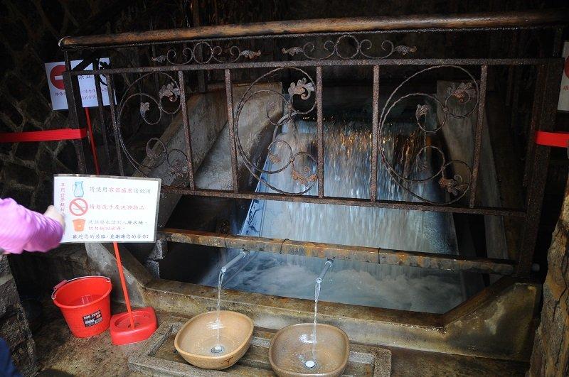 一年一度開放的天母第三水道湧泉,見證台北水道發展史。(草山生態文史聯盟提供)