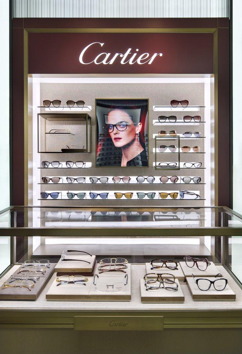 卡地亞顛覆過往印象,為眼鏡精品愛好者提供更寬敞舒適的購物空間。(圖/Cartier提供)