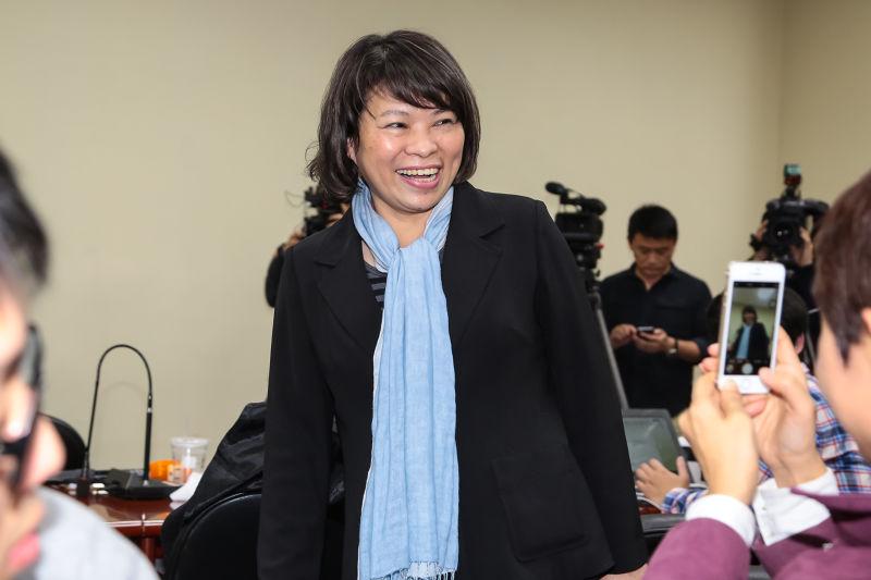 黃敏惠於國民黨主席補選開票後至中央黨部,發表選後感言。(顏麟宇攝)