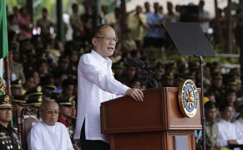 菲律賓總統艾奎諾表示可能要投資建造該國歷史上第一個潛艦艦隊(美聯社)