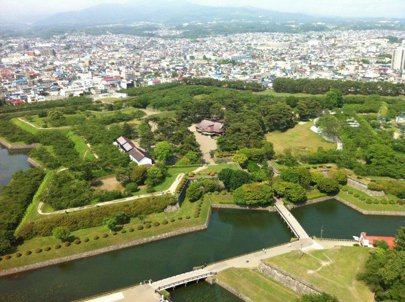 北海道民冷眼相待新幹線