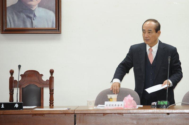 前立法院長王金平出席國民黨黨團大會。(林俊耀攝)