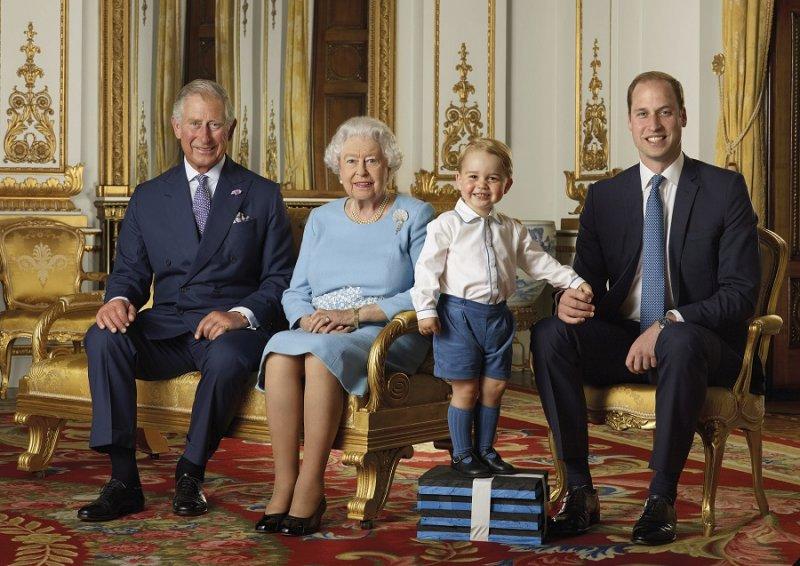 2歲的喬治王子首次在郵票上亮相(美聯社)
