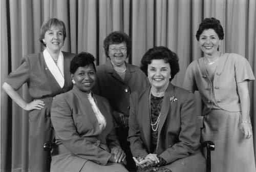 1992年美國「女性之年」當選的女參議員(維基百科)