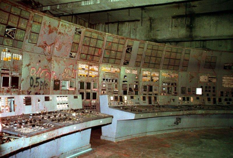 發生爆炸的4號反應爐控制台。(美聯社)