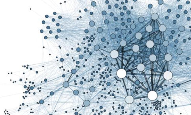 區塊鏈不可磨滅的集體記憶特性,能否促進多中心化民主架構的快速演進?