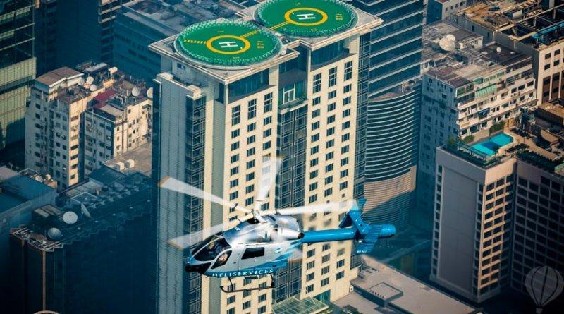 你就是亞洲任我行,使用Klook客路App預訂直升機載你遨遊香港天際。(圖/Klook客路提供)