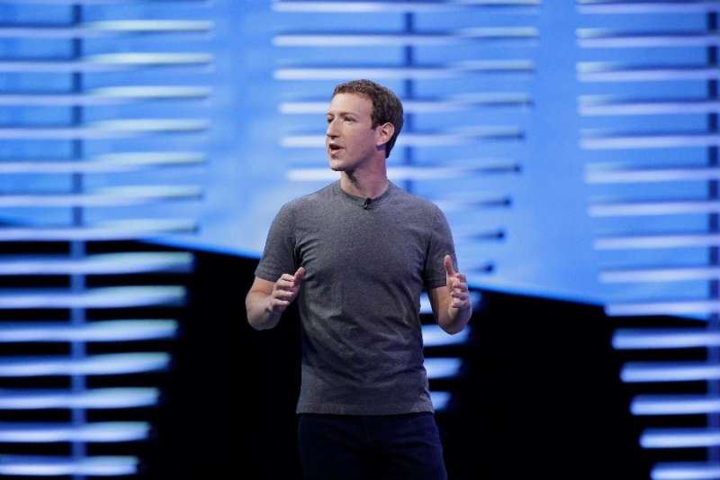 臉書執行長祖克伯( Mark Zuckerberg )證明了臉書依然擁有強大的吸金能力,首季財報亮眼,成長力道逾50%。(美聯社)