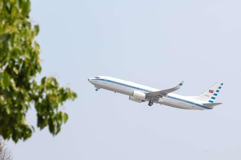 馬英九總統專機波音737-800型客機。(顏麟宇攝)